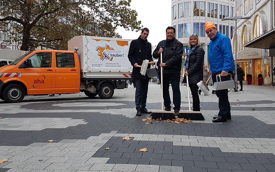 """""""Hannover sauber!"""" auf Tour durch die Stadt"""